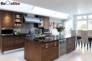Phòng bếp đẹp gỗ óc chó